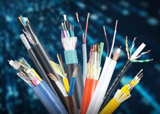 کابل ها نقش مهمی در اتصال سیستم های مختلف و راه اندازی آنها دارند. در این مقاله به تفاوت کابل افشان و کابل مفتولی  اشاره خواهیم نمود...